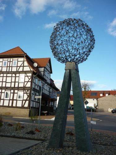 Skulpturen P P Medzech 11